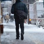 雪道で滑らない歩き方は?凍結路で転倒しない靴とコツ!