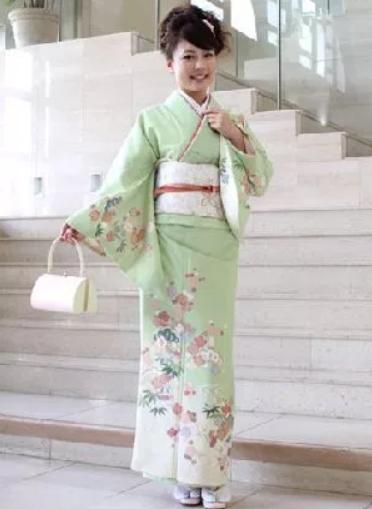 入学式のママの服装は着物がおしゃれ!レンタルや着付けの値段は?